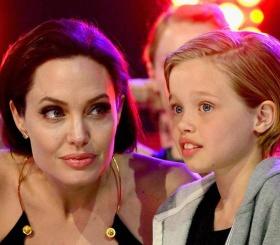 Дочь Анджелины Джоли и Брэда Питта теперь зовут Джон