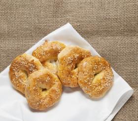 Рецепт дня: сырно-творожные колечки