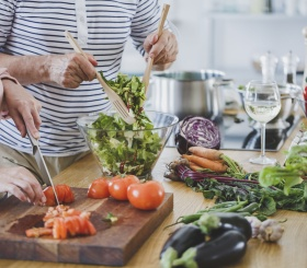 Рецепт легкого салата для красивой фигуры