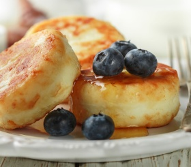 Готовим сырники без глютена и сахара