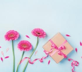 8 марта: лучшие идеи подарков
