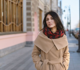 Выбираем весеннее пальто по моде и фигуре