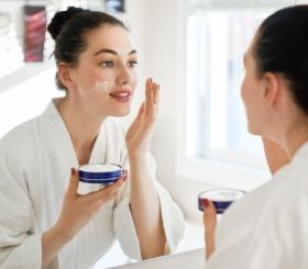 Правильное умывание: 3 этапа очищения для красивой кожи